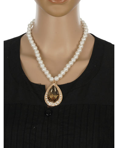 One Stop Fashion Traditional and Smart Pearl Necklace with a Pendant for Girls & Women