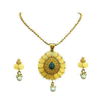 Kasumala Necklace set with Maroon & Green