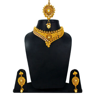 Golden Necklace Set With Dangling Pearl