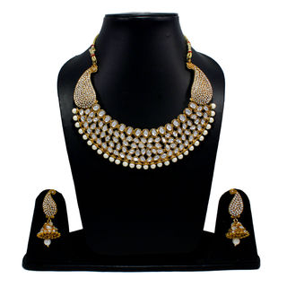 Designer Kundan And Pearl Adorned Necklace Set
