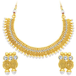 Sukkhi Attractive Jalebi Gold Plated American Diamond Necklace Set For Women